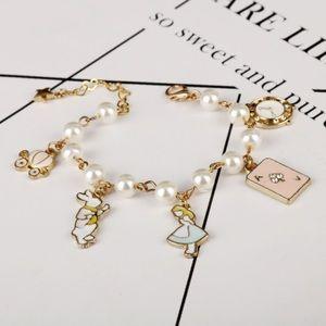 🌸2/$20 Alice and Wonderland inspired bracelet